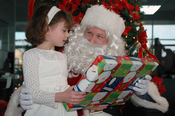 Santa comes to Scondaland